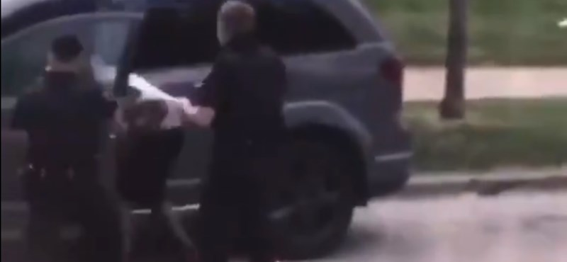 Újabb tüntetések kezdődtek az USA-ban, miután rendőrök hátbalőttek egy fekete férfit