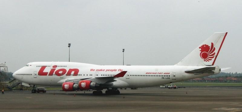 Nincs túlélője az indonéziai repülőkatasztrófának