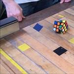 Elkészült az önmagát kirakó Rubik-kocka – videó