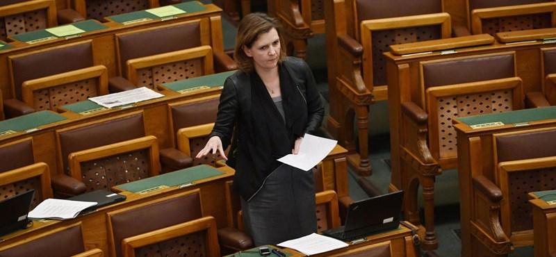 A parlamentet is otthagyja a Jobbikból kilépett képviselő