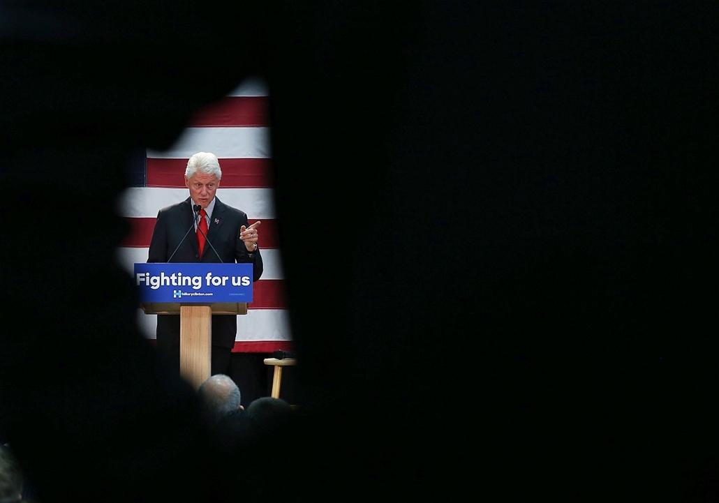afp.16.05.14. - New Jersey, USA: Bill Clinton beszéde felesége, Hillary Clinton kampányának egyik állomásán New Jerseyben. - 7képei