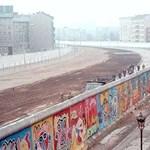 Világkörüli útra indul a berlini fal