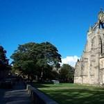 Furcsa szolgáltatást kínál a vizsgázóknak egy skóciai egyetem