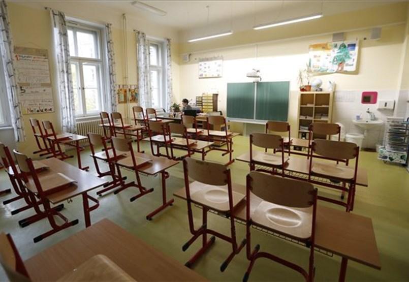 Már az első napon találtak fertőzötteket az iskolákban