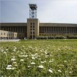 Bezárt repülőtéren épülhet meg Németország legnagyobb könyvtára