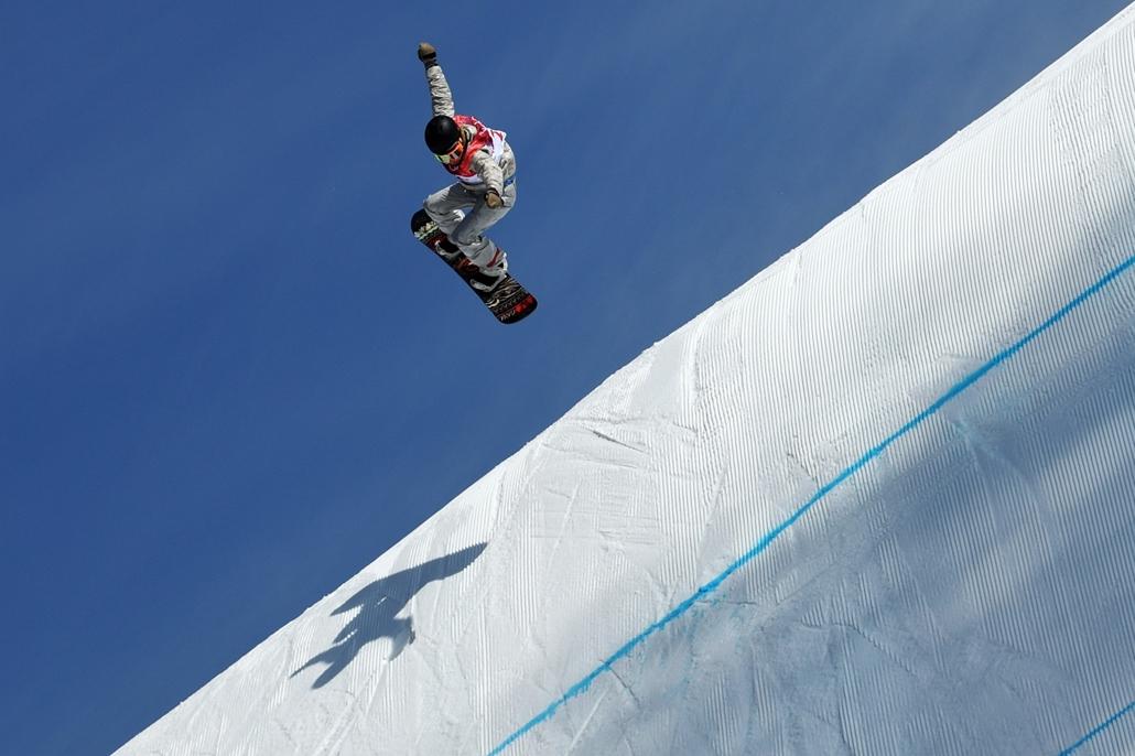 afp.18.02.19. - Phjongcshang, Dél-Korea: Az amerikai Jamie Anderson a női snowboard versenyszámban a phjongcshangi téli olimpián Kangnungban 2018 februárjában. - napibest, téli olimpia
