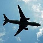 Kiömlő kávé térített el egy repülőt