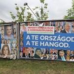 Orbán Viktor portréi borítják a Kétfarkú plakátjait