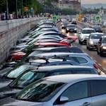 Több szabad parkolóhelyet, de áremelést is hozhat egy új fővárosi parkolási rendszer