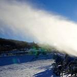 15 ezer köbméter havat gyártanának a Mátrában