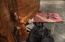 Elzárással is büntethetik, elvehetik a hajléktalanok holmijait – a KDNP szerint ez gondoskodás