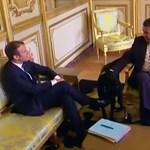 Cuki videón szaladgál a politikusok között Macron még neveletlen kutyája