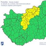 Riasztást adtak ki több járásra az érkező vihar miatt – térkép
