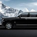 A hatalmas még nagyobb lett: itt a hosszított Rolls-Royce divatterepjáró