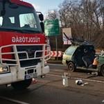 Három autó ütközött Mezőkövesdnél, egy ember meghalt