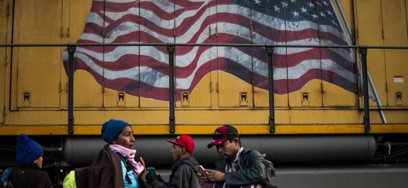 Listázzák az illegális bevándorlókat segítőket az amerikai határon