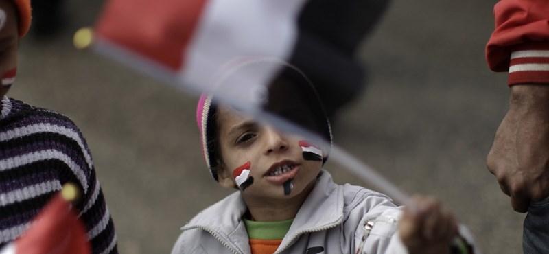 3,2 milliárdos hitelmegállapodást ír alá Egyiptom és az IMF