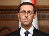 Nyugdíjkáosz januárban: sem a miniszter, sem a fideszesek nem mentek el a bizottsági ülésre