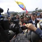 Pompeo: Az USA is támogatja a venezuelai ellenzéki felkelőket