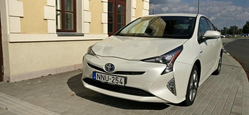 Toyota Prius teszt: az éhezőművész