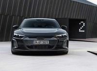 53 millió forinton nyit itthon a 646 lóerős Audi RS e-tron GT villanyautó