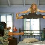Megmutatta cipőjét, így fedte fel magát a Mamma Mia 2 meglepetéssztárja