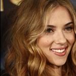 Scarlett Johansson sztriptízbárban randevúzott