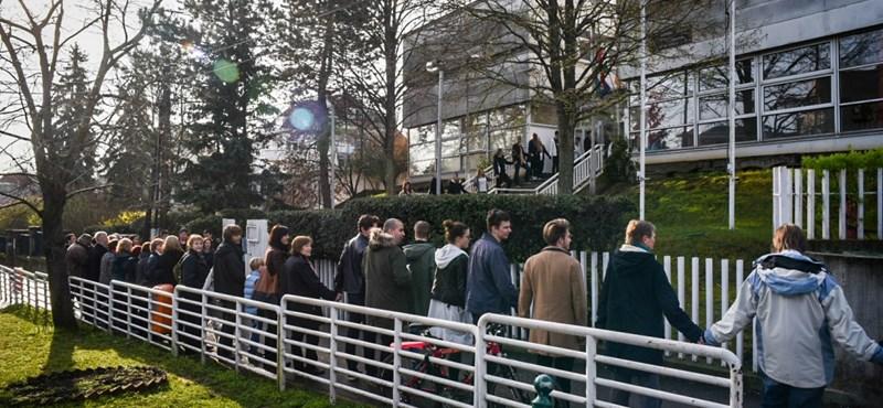 A PSZ öt perc leállást kér az egész országtól jövő szerdára