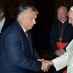 Szinte példa nélküli, ami most Ferenc pápával és az Orbán-rendszerrel történik