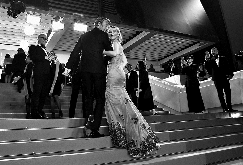 afp.16.05.21. - Kirsten Dunst és Mads Mikkelsen színészek, zsüritagok - Cannes-i Filmfesztivál feketén-fehéren, Nagyítás