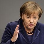 Szembemegy a szélsőjobbal Merkel pártja