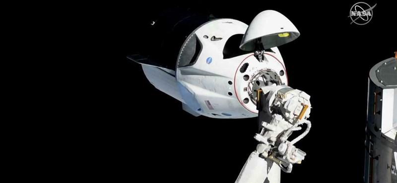 Elon Muskék újabb sikere: rendben hazatért a SpaceX űrkapszulája
