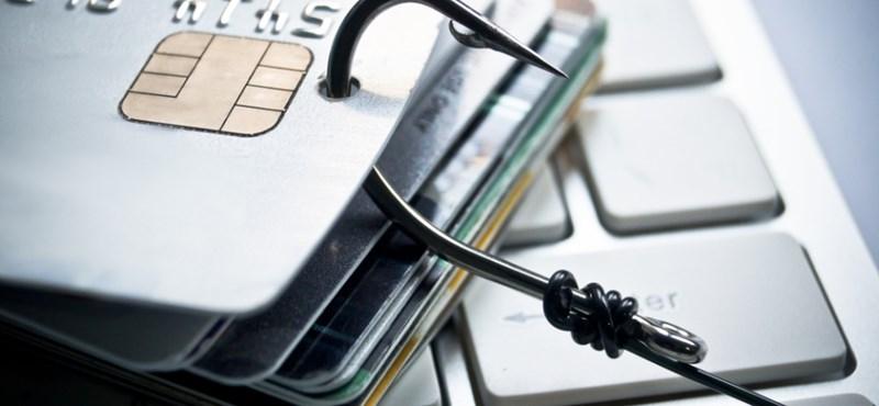 Később változik a bankkártyahasználat: kitolják a szigorítás határidejét