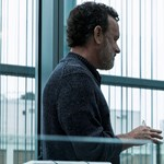 A technológia sötét jövője, ahol Tom Hanks a szektavezér