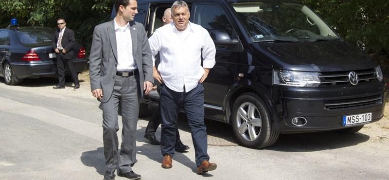 Orbán tudja, hogy a szerencsétlen hülyére nem szavaz senki
