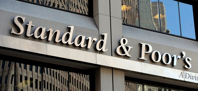 Felminősítette Magyarországot az Standard & Poor's
