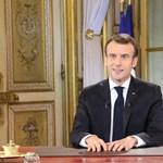"""Ezer """"idejétmúlt"""" embert rúgnak ki a francia közszolgálati médiából, máshol is karcsúsít Macron"""