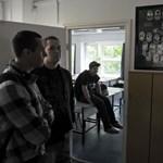 A hallgatói szerződéseket eltörölné, a bolognai rendszert megtartaná az ellenzék