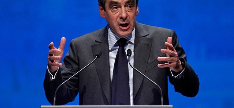 Szárnyal az elnökjelöltet is buktató lap a franciáknál