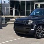 A kevésbé klasszikus formájú új Land Rover Defenderre is megjött a tuning