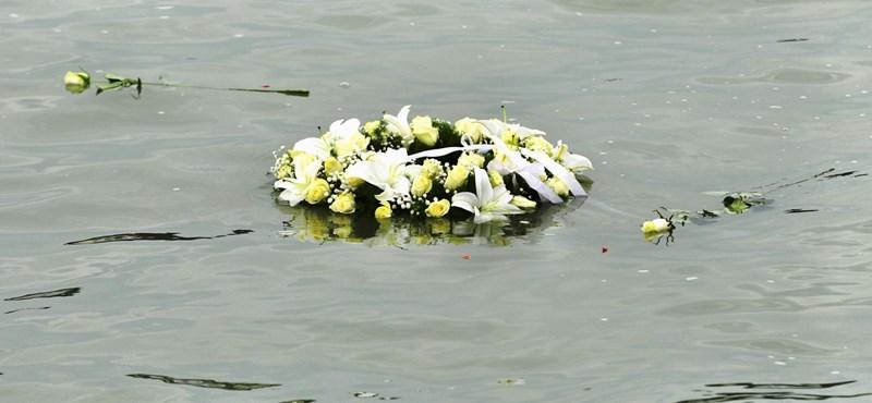 Egy holttestet nem találtak meg a Hableány katasztrófája után, már Pakstól délre keresik
