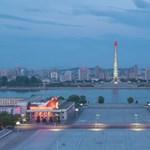Kómában fekvő elítélt amerikai diákot engedett hazaszállítani Észak-Korea?