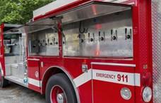 Tízcsapos guruló söröző lett ez az öreg tűzoltóautó