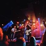 Koncertfilmmel lepi meg rajongóit a Konyha zenekar – premier