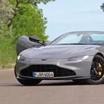 Hattyúdal helyett hattyúajtó: meghajtottuk a 75 millió forintos Aston Martin Vantage roadstert