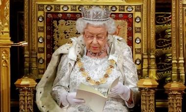 Dédunokák nélkül karácsonyozhat Erzsébet királynő