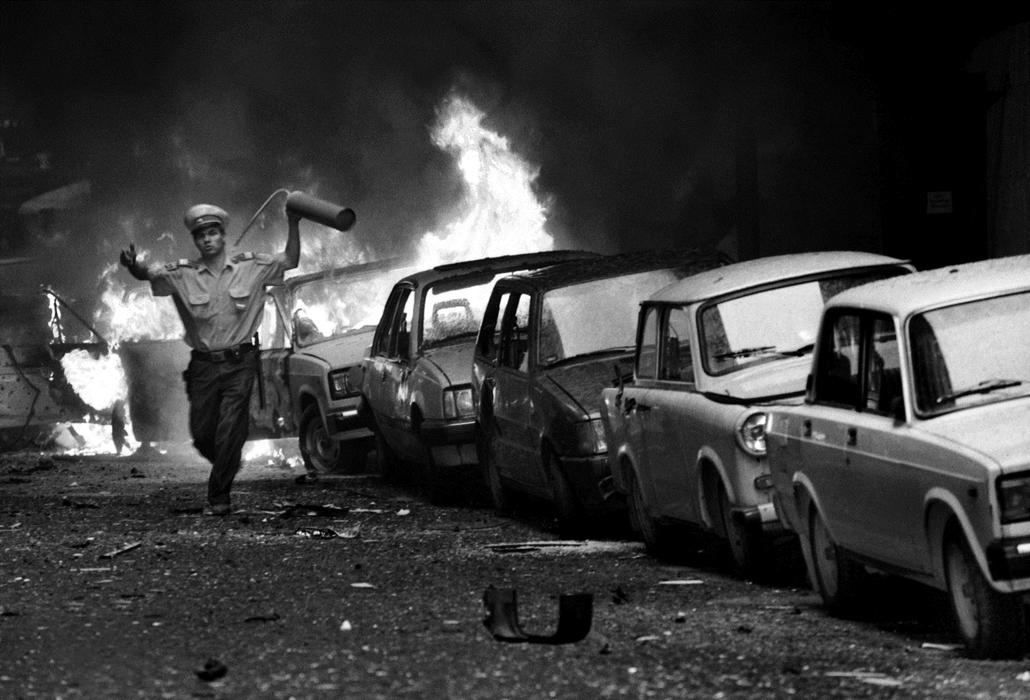 e_! - Aranykéz utcai robbantás 1998 július 2-án_Velledits Éva_Népszabadság