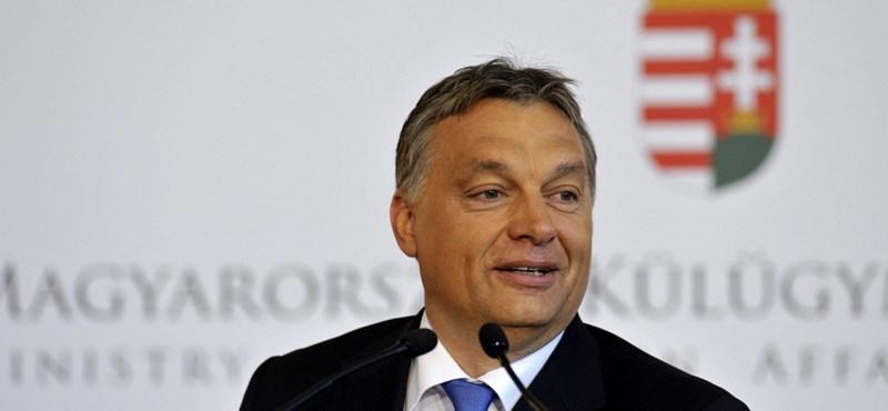 Orbán: nonprofit lesz minden rezsiszolgáltatás