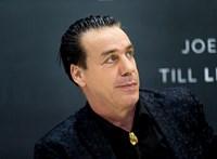 A Rammstein énekese koronavírusos, és az intenzíven van