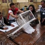 A kormánypárt nyerte az algériai választásokat